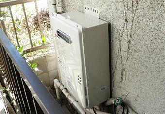 ガス給湯器取替工事 東京都足立区 GQ-1639WS