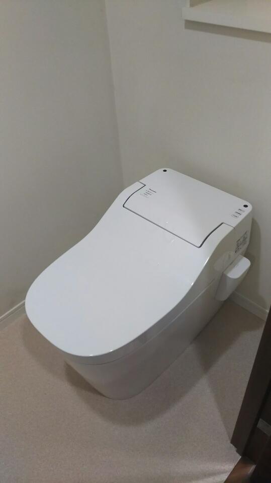 トイレ取替・床CF張替工事 東京都葛飾区 XCH1401WS